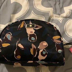 Kate Spade cosmetic bag - so cute - brand new !!